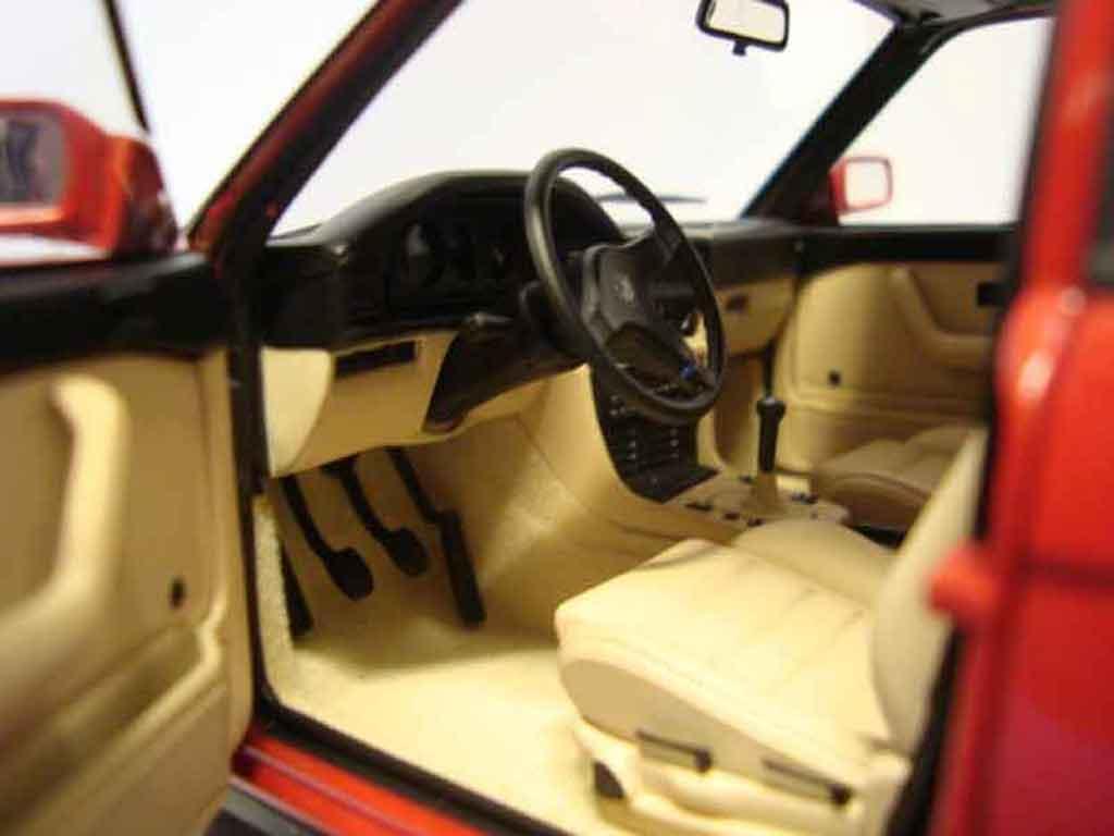 Bmw M5 E28 1/18 Autoart rouge jantes bbs 17 pouces