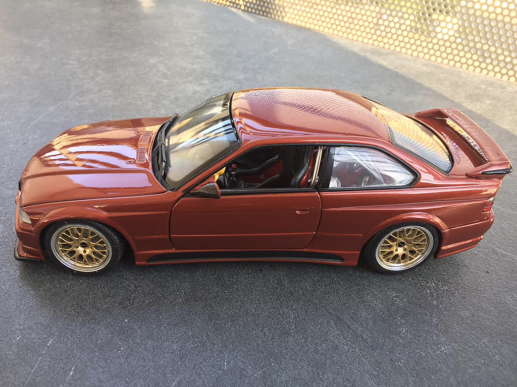 Bmw M3 E36 1/18 Ut Models GTR esquiss auto rafale moteur turbo orange sakhir tuning miniature