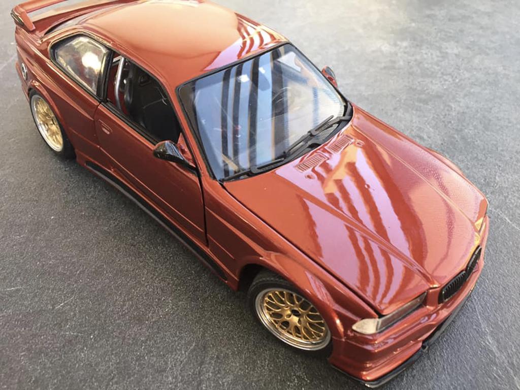 Bmw M3 E36 1/18 Ut Models GTR esquiss auto rafale turbo orange sakhir
