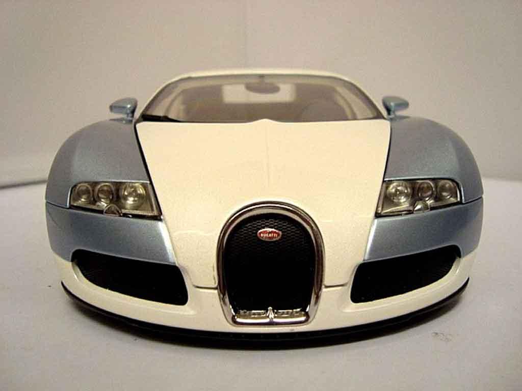 Bugatti Veyron 16.4 1/18 Autoart perle bleu coche miniatura