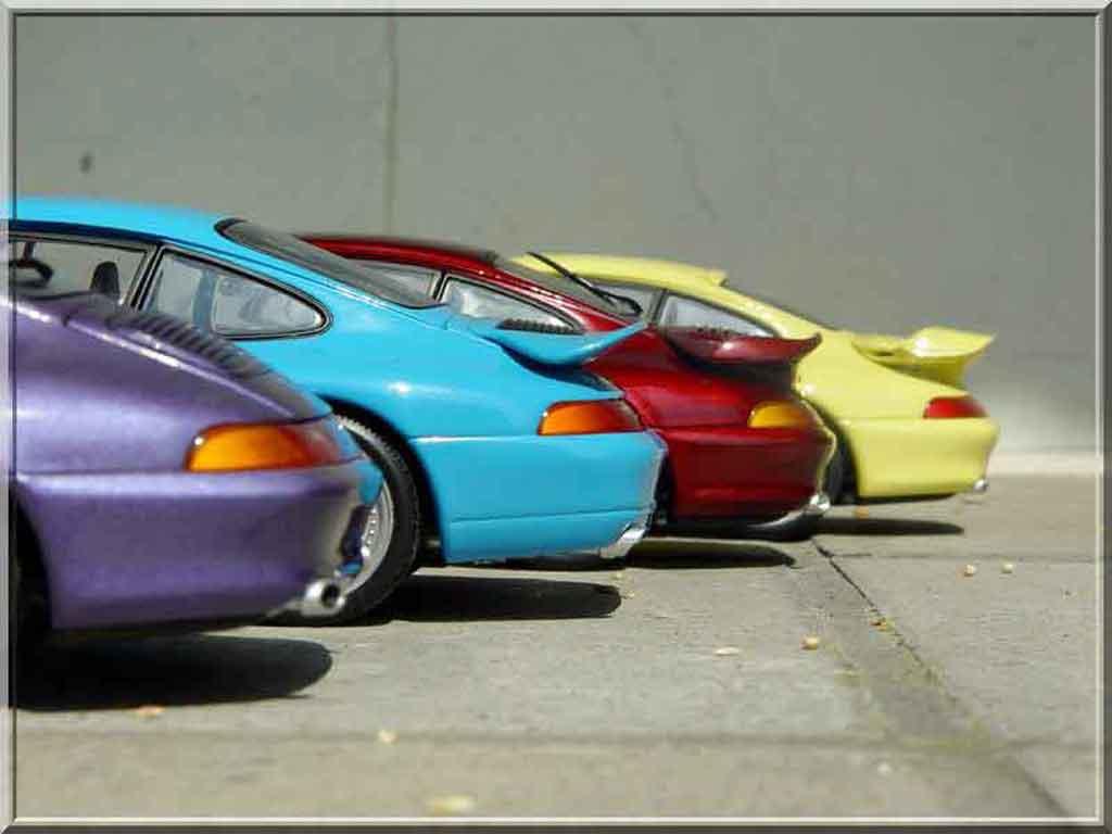Porsche 993 RS 1/18 Ut Models Carrera azul
