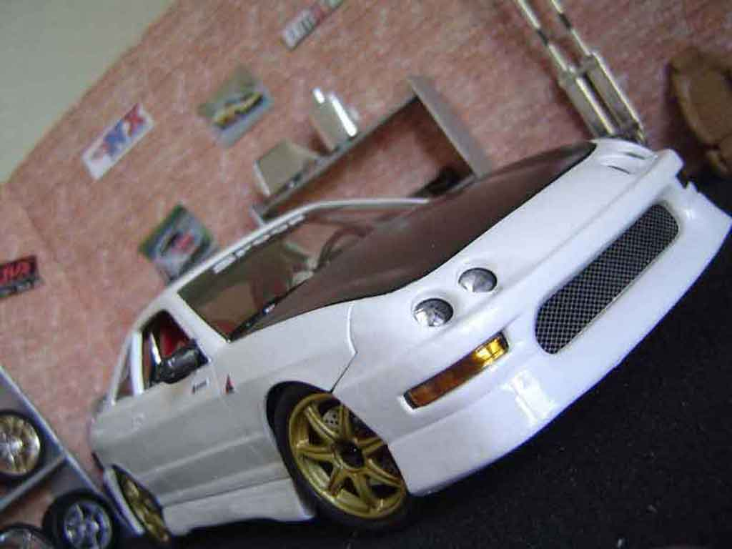 Honda Integra Type R 1/18 Hot Wheels spoon tuning miniature