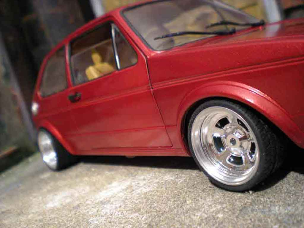 Volkswagen Golf 1 GTI 1/18 Solido jantes bords larges gros deport german look