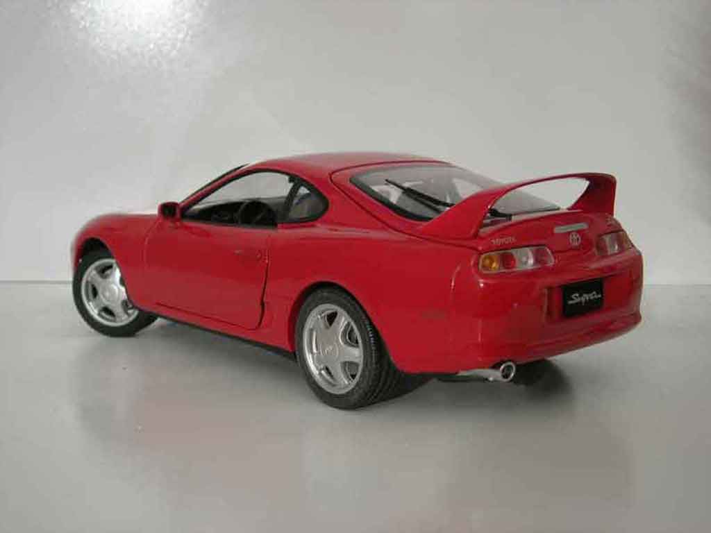 toyota supra mkiv rot kyosho modellauto 1 18 kaufen verkauf modellauto online. Black Bedroom Furniture Sets. Home Design Ideas