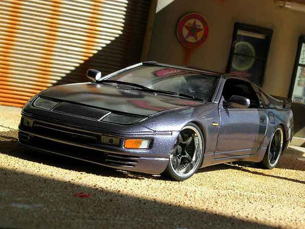 Miniature Nissan 300 ZX grise tuning Kyosho. Nissan 300 ZX grise miniature 1/18