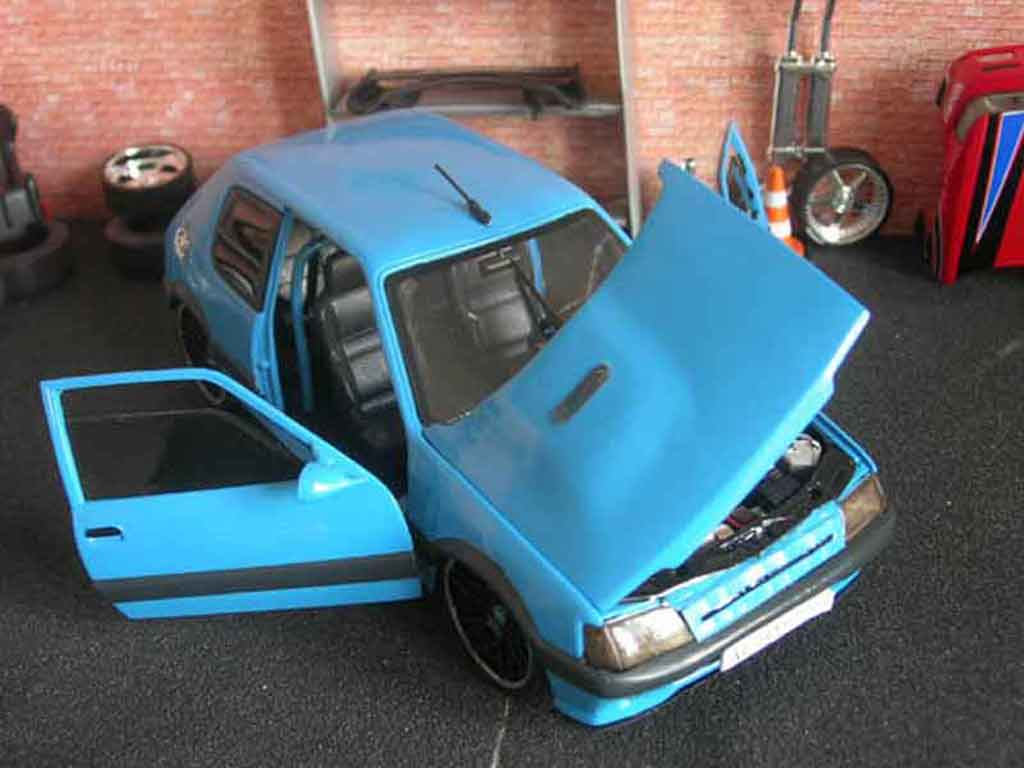 peugeot 205 gti auto tuning 93 miniature bleue solido 1 18 voiture. Black Bedroom Furniture Sets. Home Design Ideas