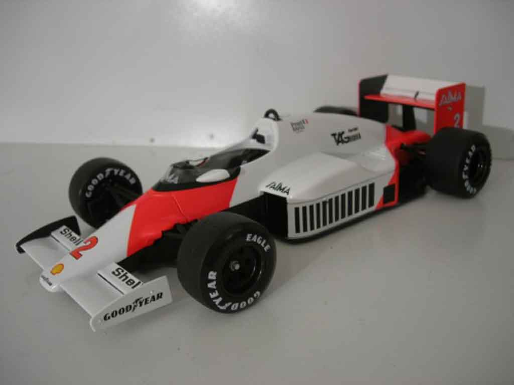 McLaren MP4-12C 1/18 Solido MP4 /2b alain prost 1985 diecast model cars