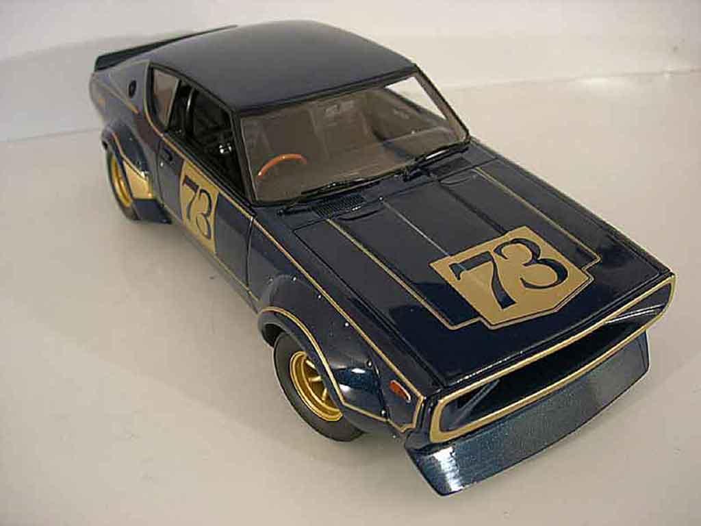 nissan skyline 2000 gt r kpgc 110 racing version kyosho. Black Bedroom Furniture Sets. Home Design Ideas