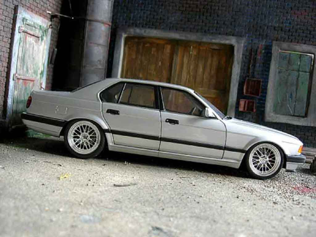 bmw 730 e32 e32 gray 1986 wheels bbs 18 inches minichamps diecast model car 1 18 buy sell. Black Bedroom Furniture Sets. Home Design Ideas