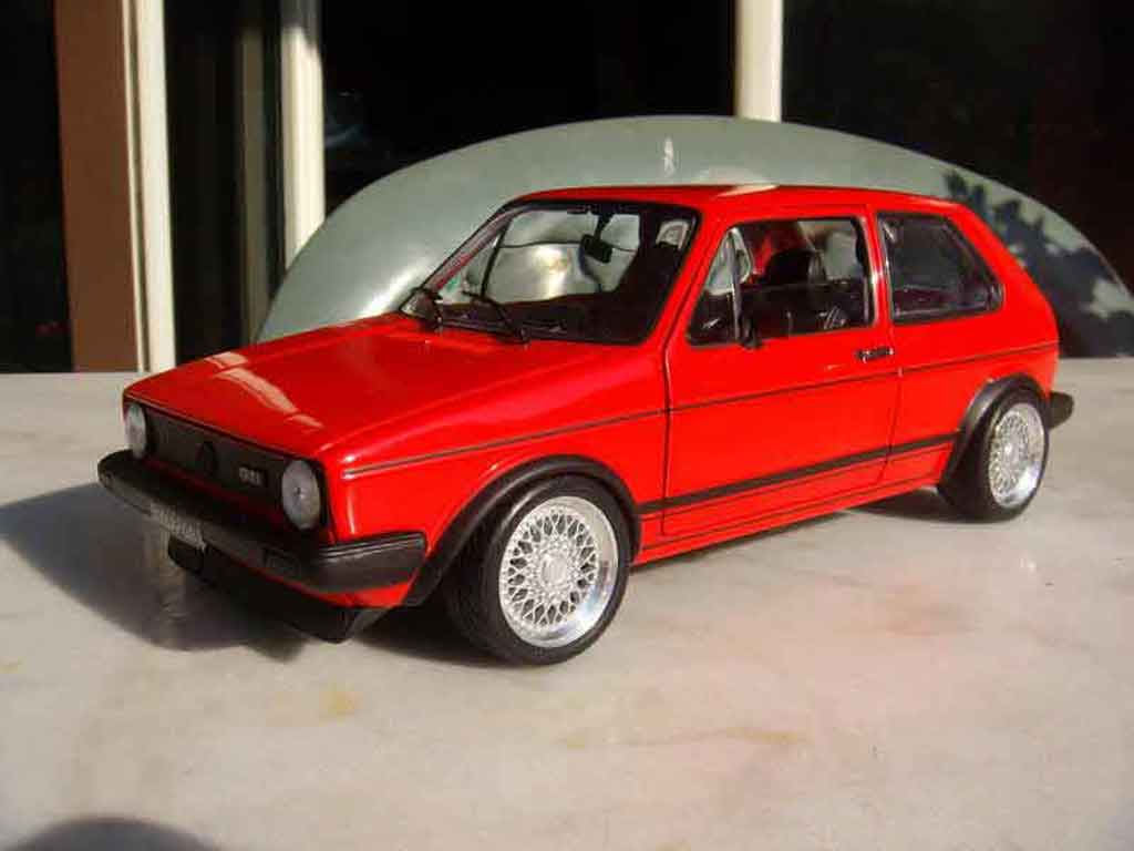 Volkswagen Golf 1 GTI 1/18 Solido rouge jantes bbs tuning diecast model cars