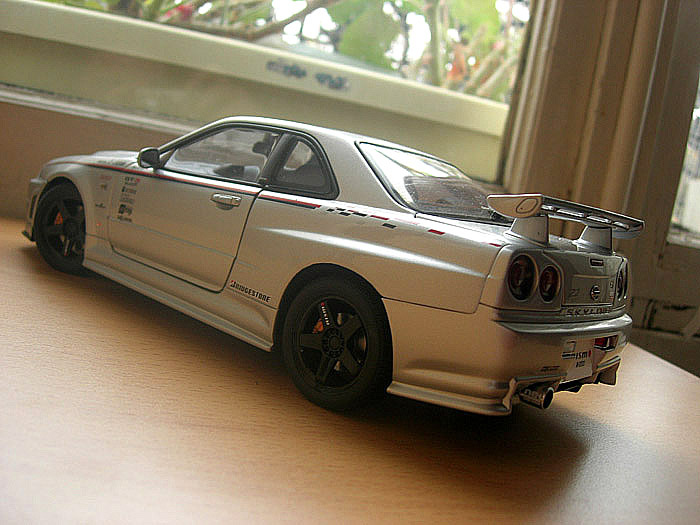 Nissan Skyline R34 GTR 1/18 Autoart nismo z-tune Z2