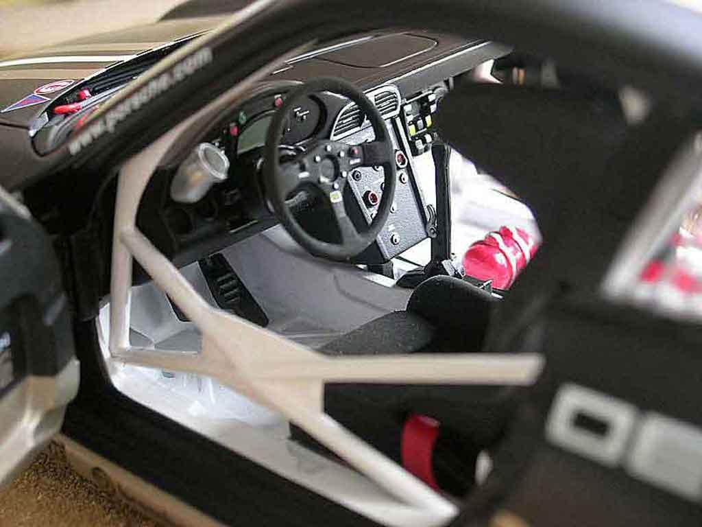 Porsche 997 GT3 Cup 1/18 Autoart cup vip #88 p0001