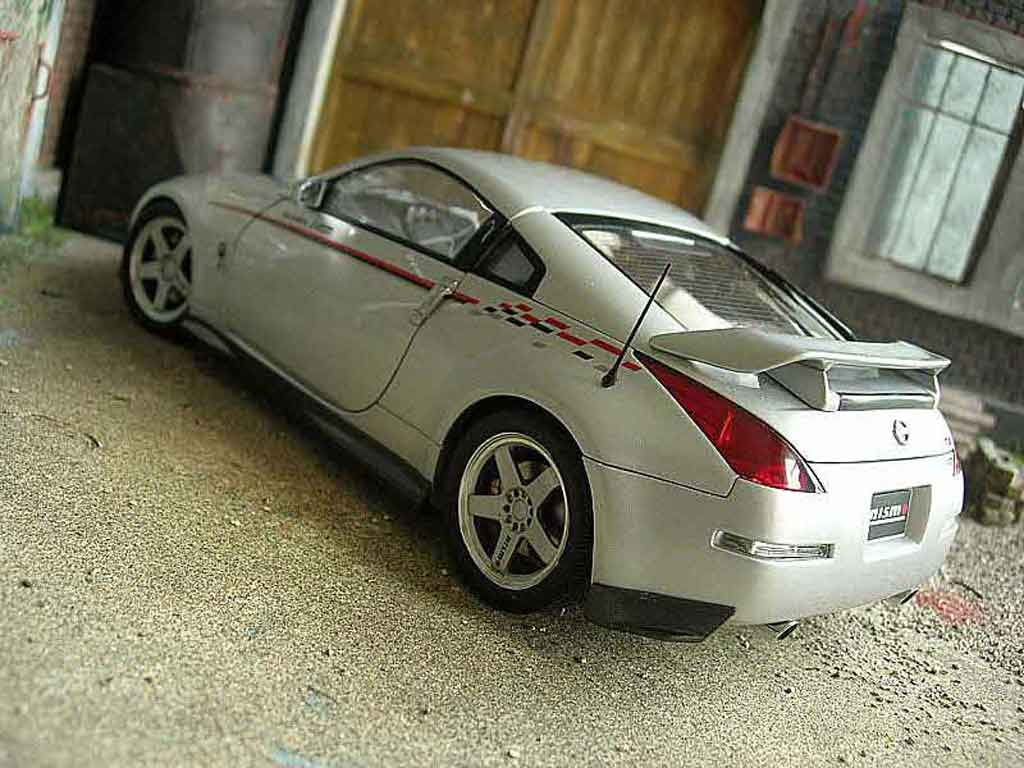 nissan 350z nismo miniature s tune autoart 1 18 voiture. Black Bedroom Furniture Sets. Home Design Ideas