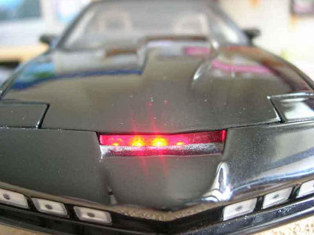 Pontiac Knight Rider K2000 Miniature Ertl 1 18 Voiture