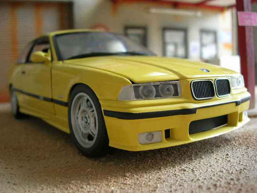 Voiture de collection Bmw M3 E36 jaune origine Ut Models. Bmw M3 E36 jaune origine miniature 1/18