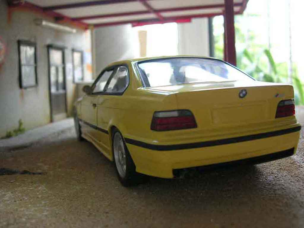Bmw M3 E36 1/18 Ut Models yellow origine