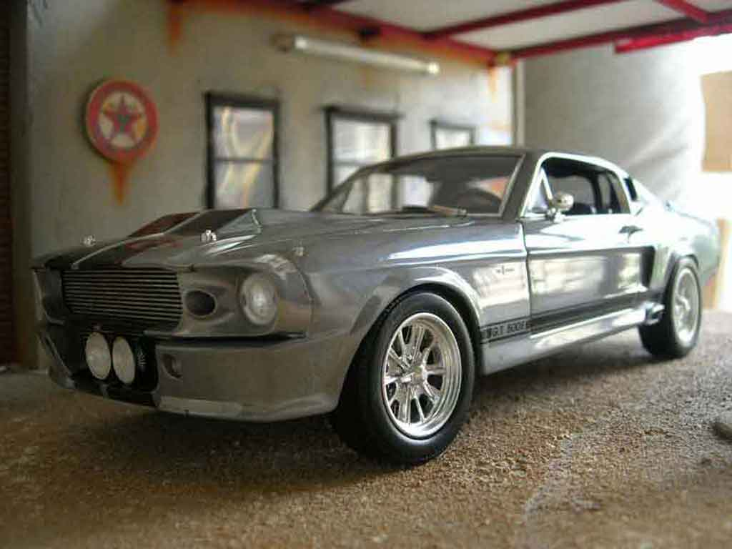 shelby gt 500 eleanor shelby collectibles modellauto 1 18. Black Bedroom Furniture Sets. Home Design Ideas