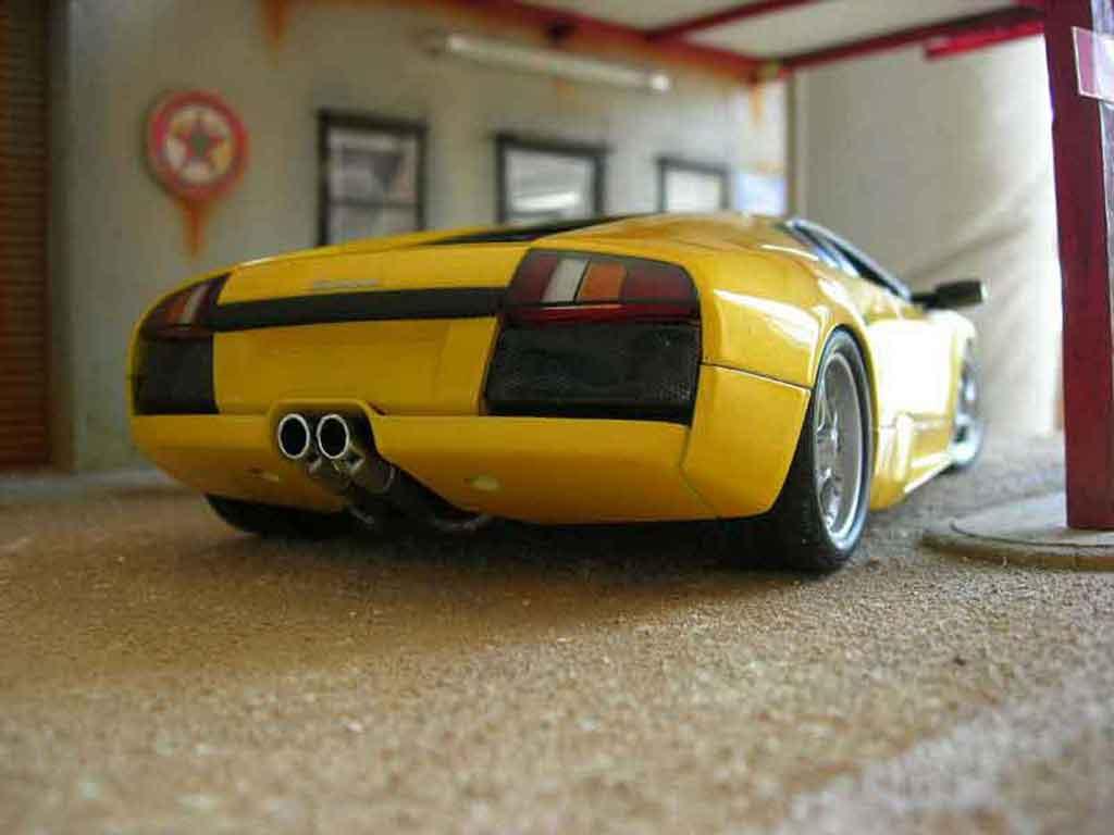 Lamborghini Murcielago yellow Autoart. Lamborghini Murcielago yellow miniature 1/18