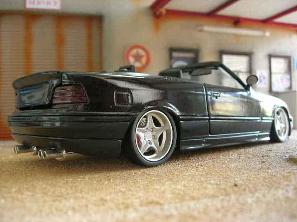 Bmw 325 E36 1/18 Maisto cabriolet noire swap z3m jantes z3m spoiler z3m tuning miniature