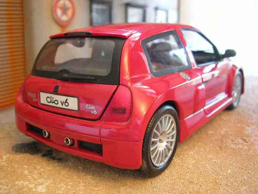 renault clio v6 miniature rouge origine universal hobbies 1 18 voiture. Black Bedroom Furniture Sets. Home Design Ideas
