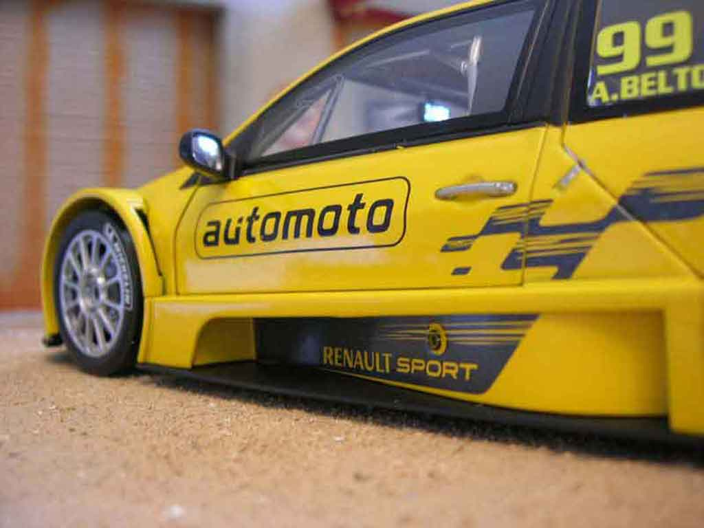 Renault Megane Trophy 1/18 Solido 2006 Beltoise #99 yellow diecast model cars