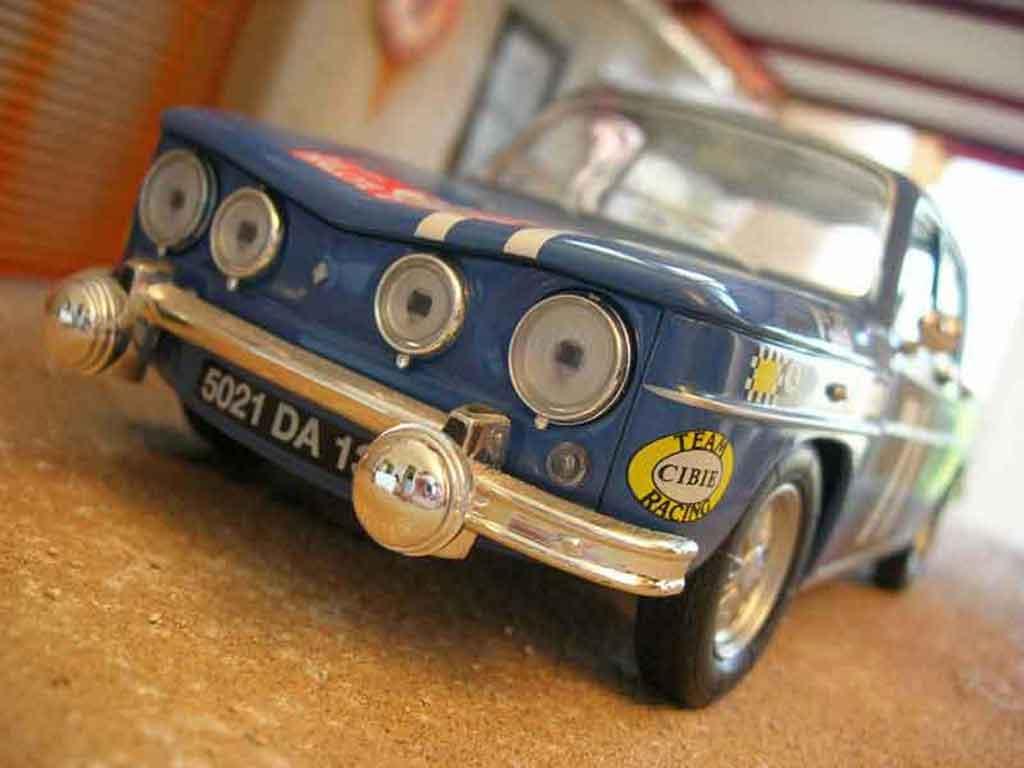 Auto miniature Renault 8 Gordini rallye Solido. Renault 8 Gordini rallye Rallye miniature 1/18