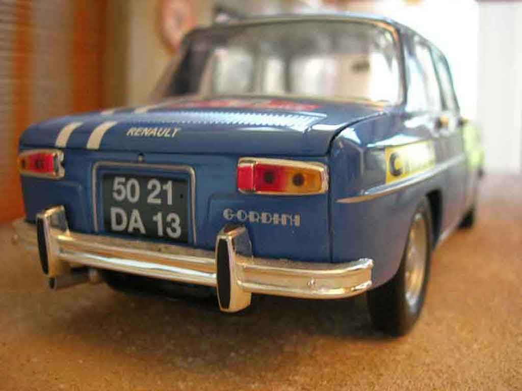 Voiture de collection Renault 8 Gordini rallye Solido. Renault 8 Gordini rallye Rallye miniature 1/18