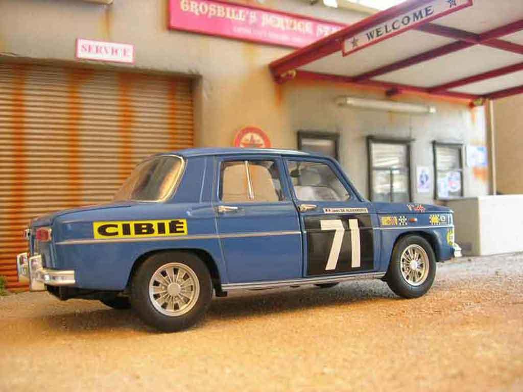 Renault 8 Gordini 1/18 Solido rallye