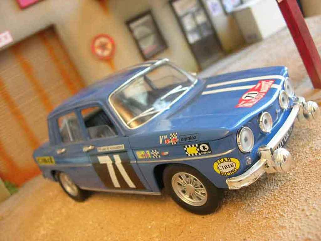 Mod�le r�duit Renault 8 Gordini rallye Solido. Renault 8 Gordini rallye Rallye miniature 1/18
