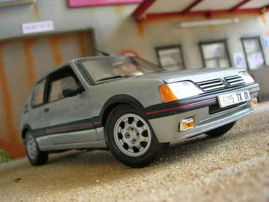 Peugeot 205 GTI 1/18 Solido 1.9 grey futura diecast model cars