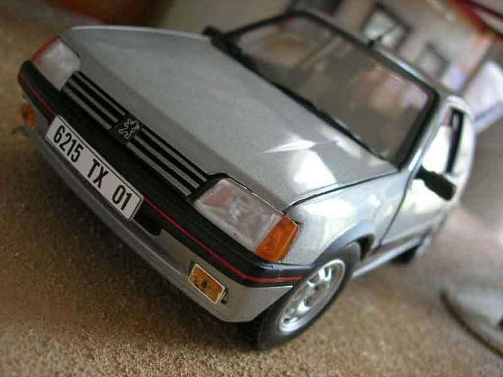 peugeot 205 gti 1 9 gris futura miniature origine solido 1 18 voiture. Black Bedroom Furniture Sets. Home Design Ideas