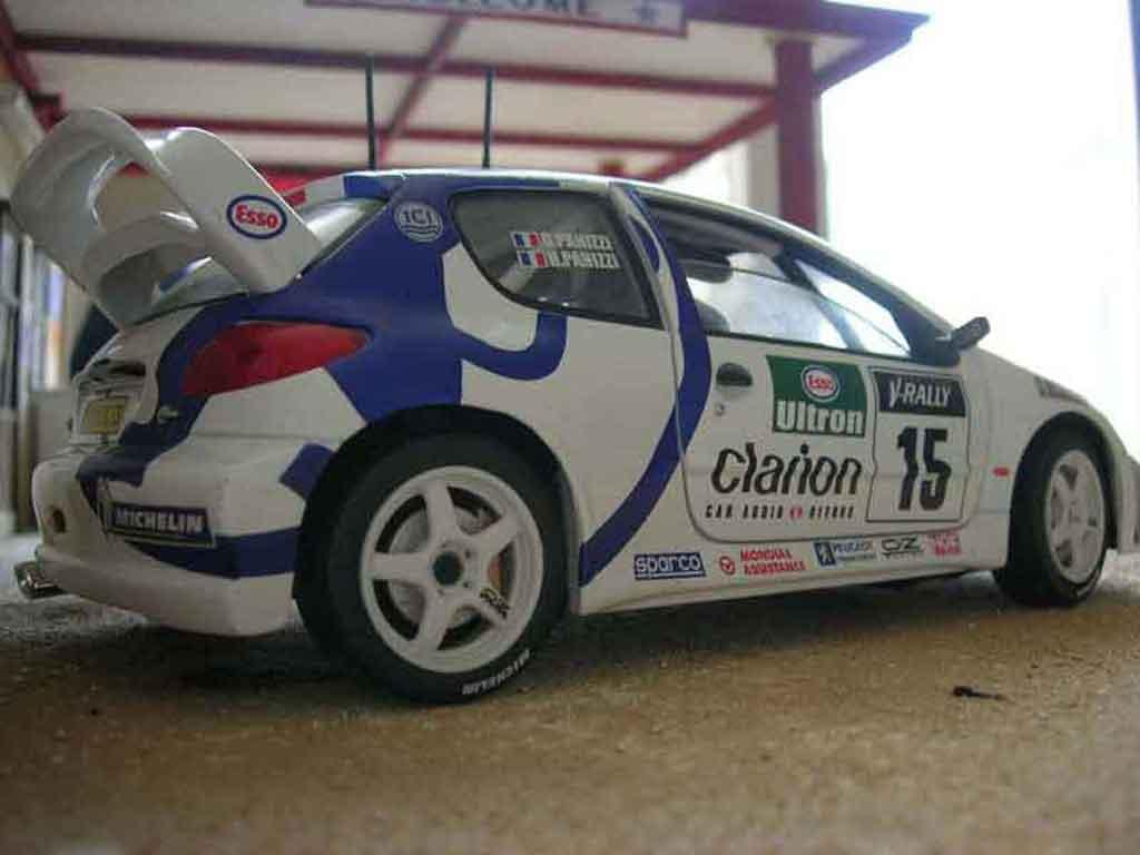 Peugeot 206 WRC Solido. Peugeot 206 WRC Rallye miniature miniature 1/18