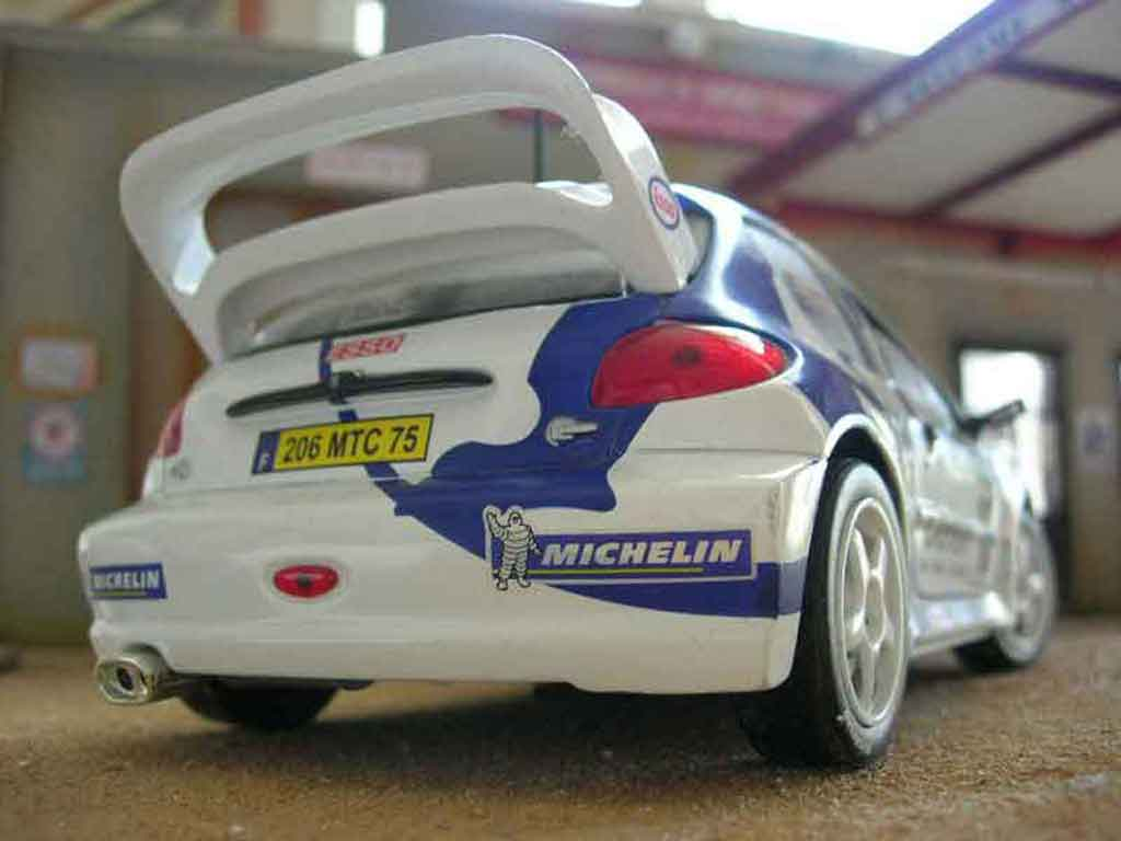 Peugeot 206 WRC 1/18 Solido 1999 # 15 Clarion Panizzi white diecast model cars