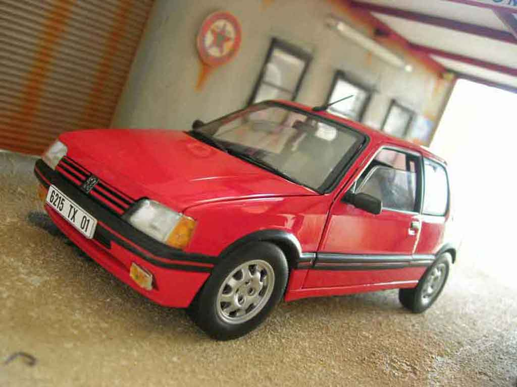 Peugeot 205 GTI 1/18 Solido 1.9 red vallelunga diecast model cars