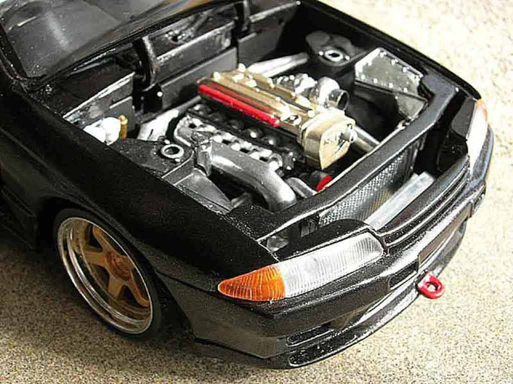Nissan Skyline R32 1/18 Kyosho gtr tuning