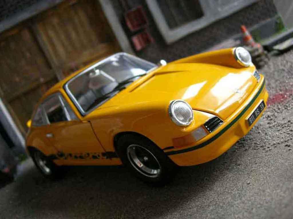 porsche 911 rs 2 7 gelb universal hobbies modellauto 1 18 kaufen verkauf modellauto online. Black Bedroom Furniture Sets. Home Design Ideas