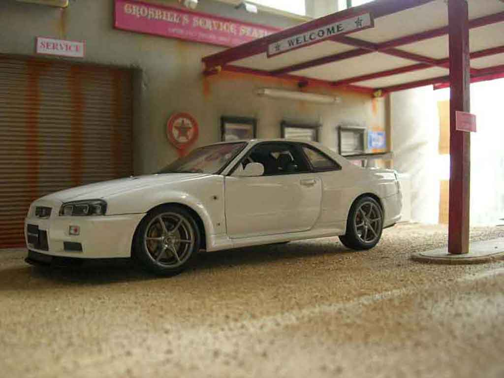 nissan skyline r34 blanche miniature gtr v spec ii autoart. Black Bedroom Furniture Sets. Home Design Ideas