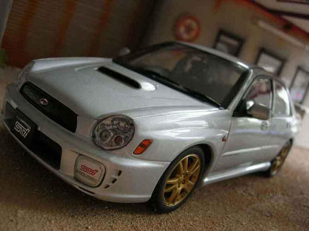Subaru Impreza WRX 1/18 Autoart STI grise
