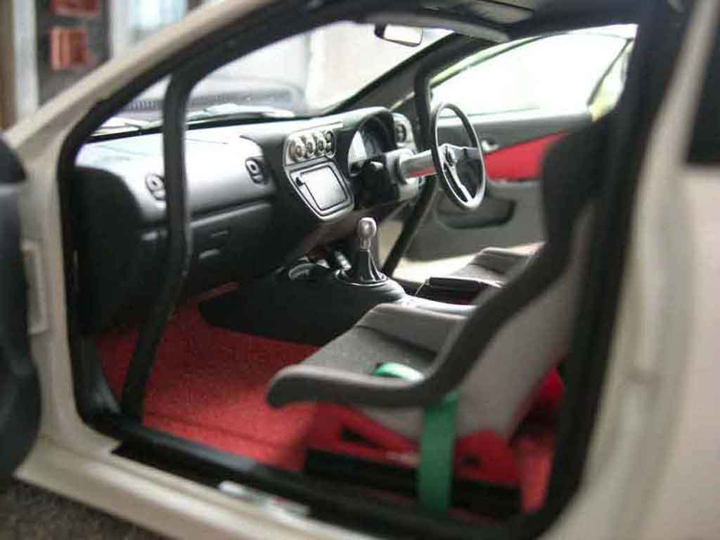Honda Integra Type R 1/18 Autoart DC5 mugen