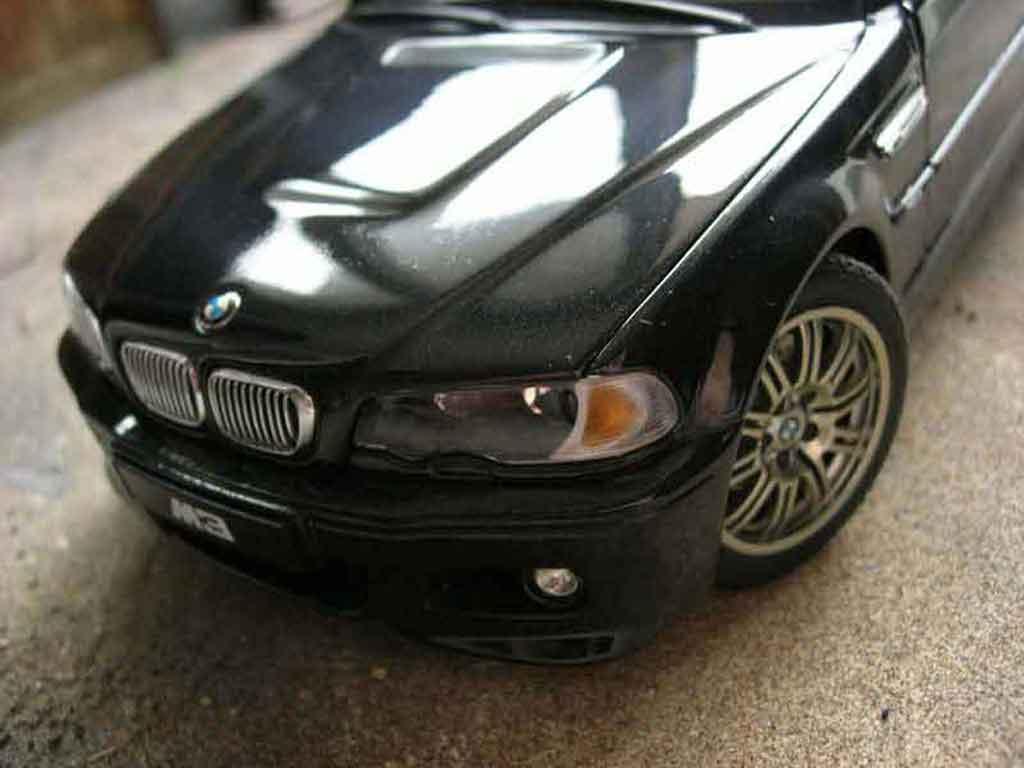 Voiture de collection Bmw M3 E46 noire Autoart. Bmw M3 E46 noire miniature 1/18
