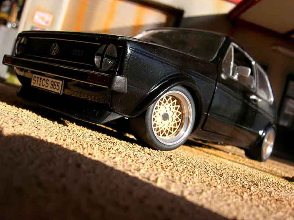 Volkswagen Golf 1 GTI 1/18 Solido German Look swap moteur audi tt negro