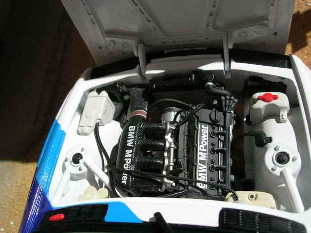 Bmw M3 E30 1/18 Minichamps DTM warsteiner