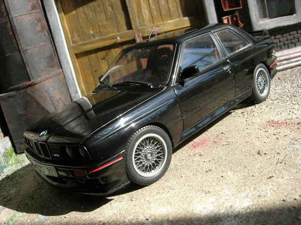 bmw m3 e30 sport evolution schwarz autoart modellauto 1 18 kaufen verkauf modellauto online. Black Bedroom Furniture Sets. Home Design Ideas