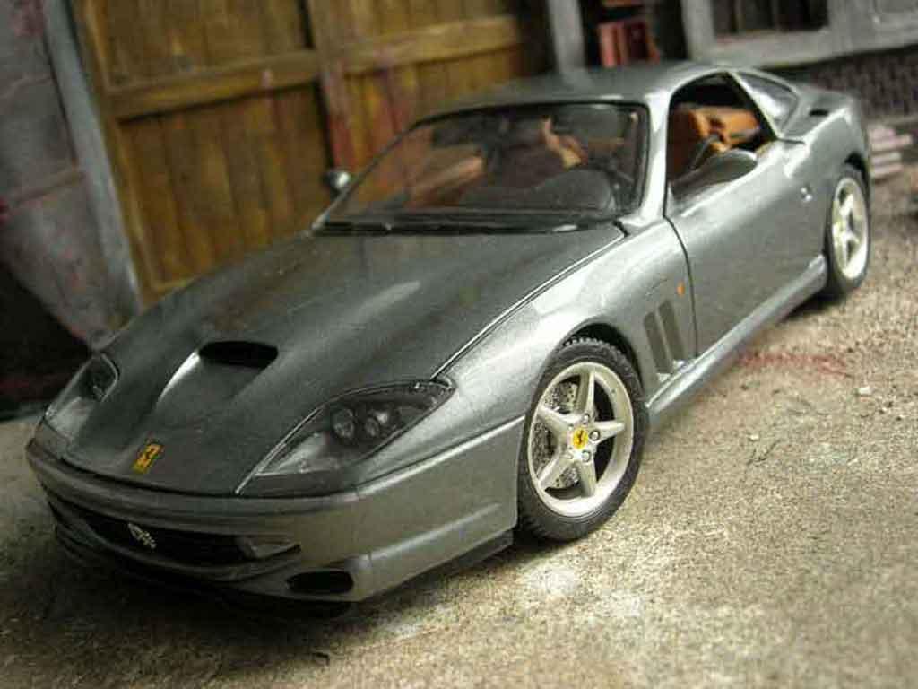 Ferrari 550 Maranello 1/18 Burago grey diecast model cars
