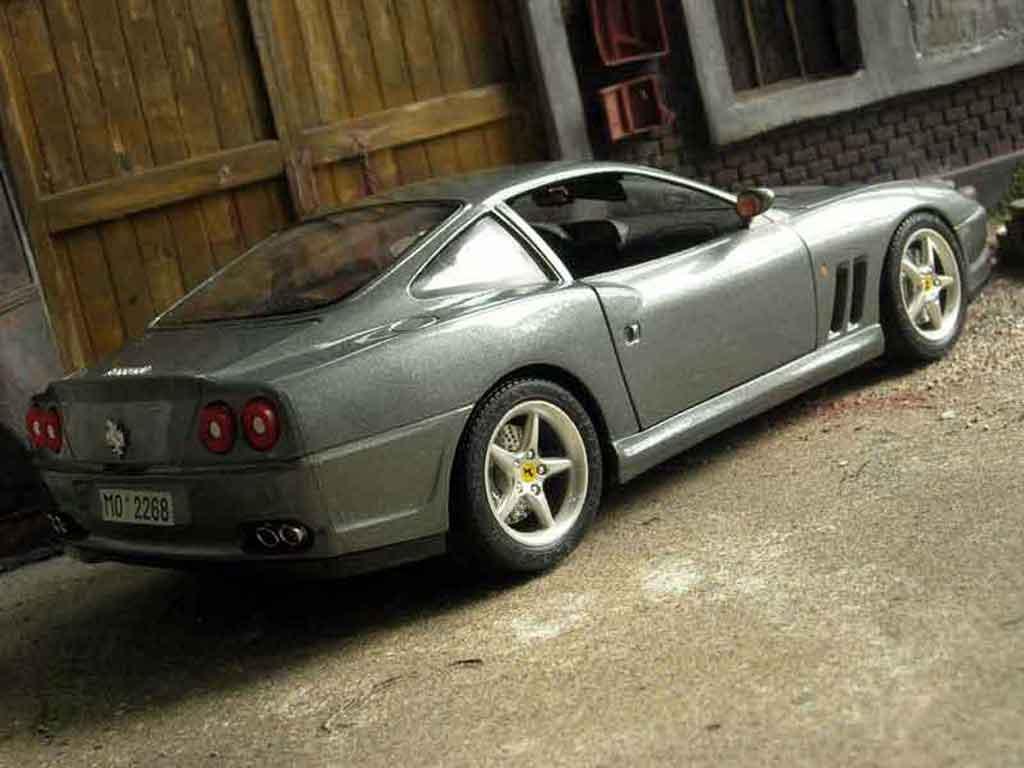 Ferrari 550 Maranello 1/18 Burago gray