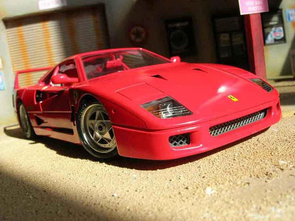 Ferrari F40 Miniature Rouge Burago 1 18 Voiture