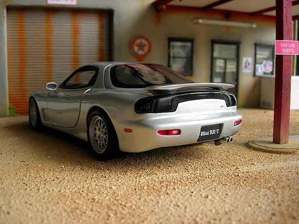 Mazda RX7 1/18 Kyosho fd3s miniature