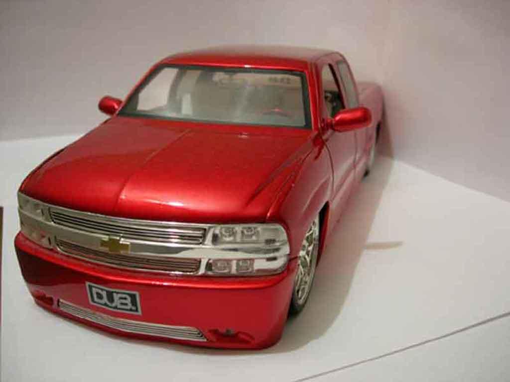 chevrolet silverado 2002 jada toys modellauto 1 18 kaufen verkauf modellauto online. Black Bedroom Furniture Sets. Home Design Ideas