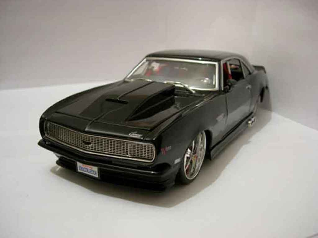chevrolet camaro z28 1968 schwarz jada toys modellauto 1. Black Bedroom Furniture Sets. Home Design Ideas