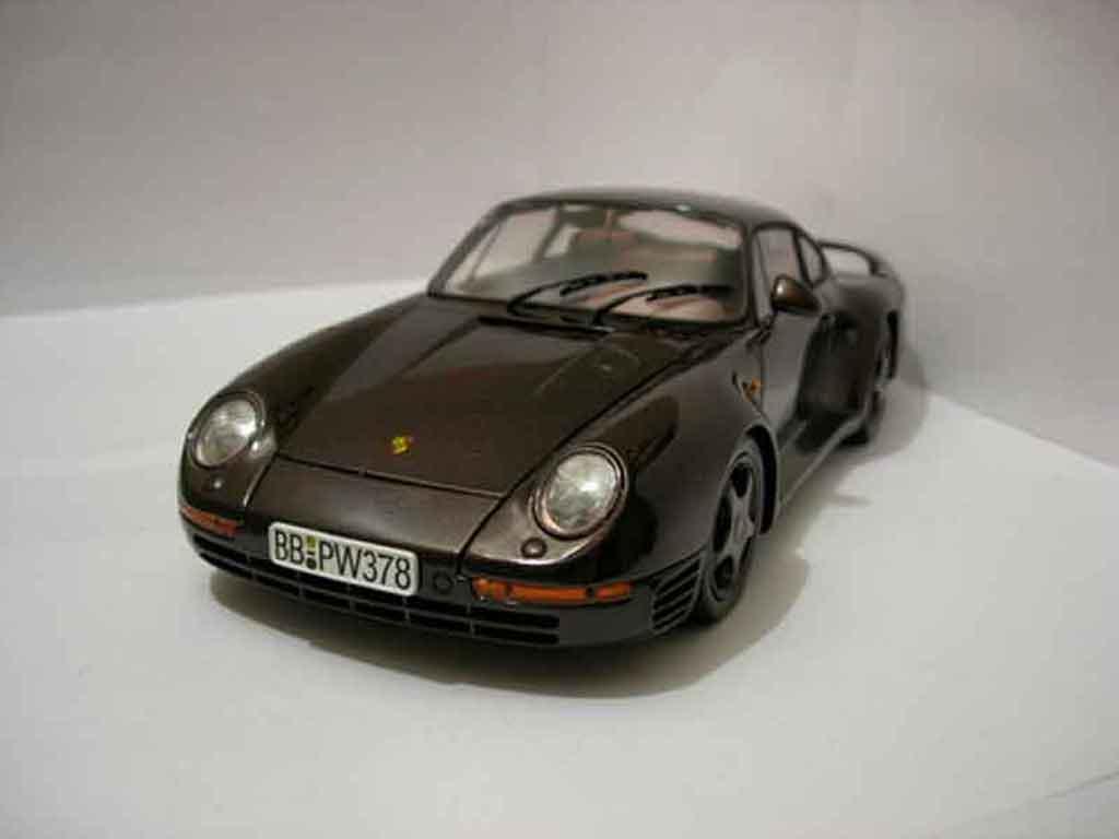 Porsche 959 1985 1/18 Motorbox marron miniature